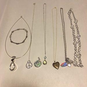 Jewelry - 6 Necklaces 1 Pendant & 1 Bracelet